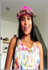 Melani-Obediente Sumisa Latina Con Goloso Culazo Y Coño Muy Estrecho