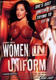 Mujeres de uniforme